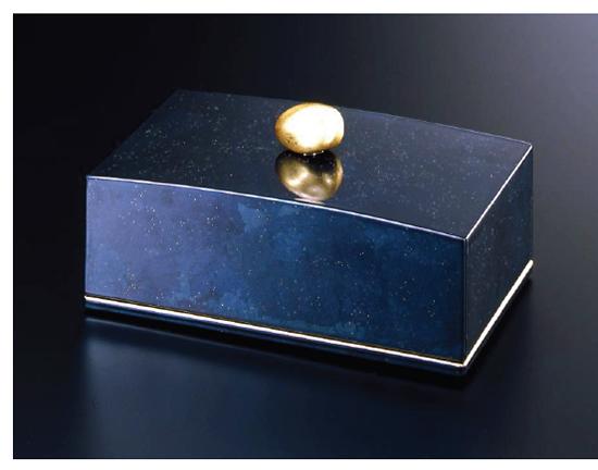 Jewelry box 宝石箱 ラピスブルー 金の石