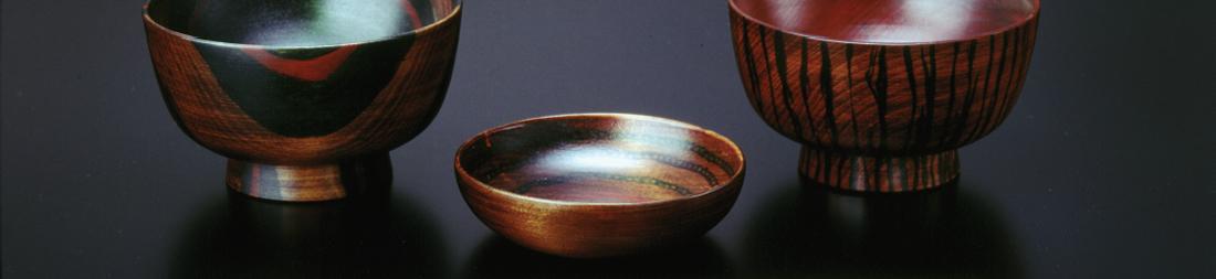おおぶりの汁碗(2客)とながめ箸(2膳)とおためし豆皿(1枚) が製作できるフルキット完成参考作品2