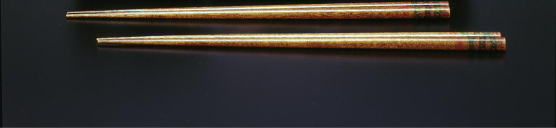 おおぶりの汁碗(2客)とながめ箸(2膳)とおためし豆皿(1枚) が製作できるフルキット完成参考作品3